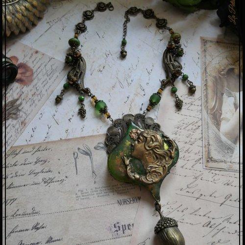 Collier art nouveau dame nature vert mousse et bronze