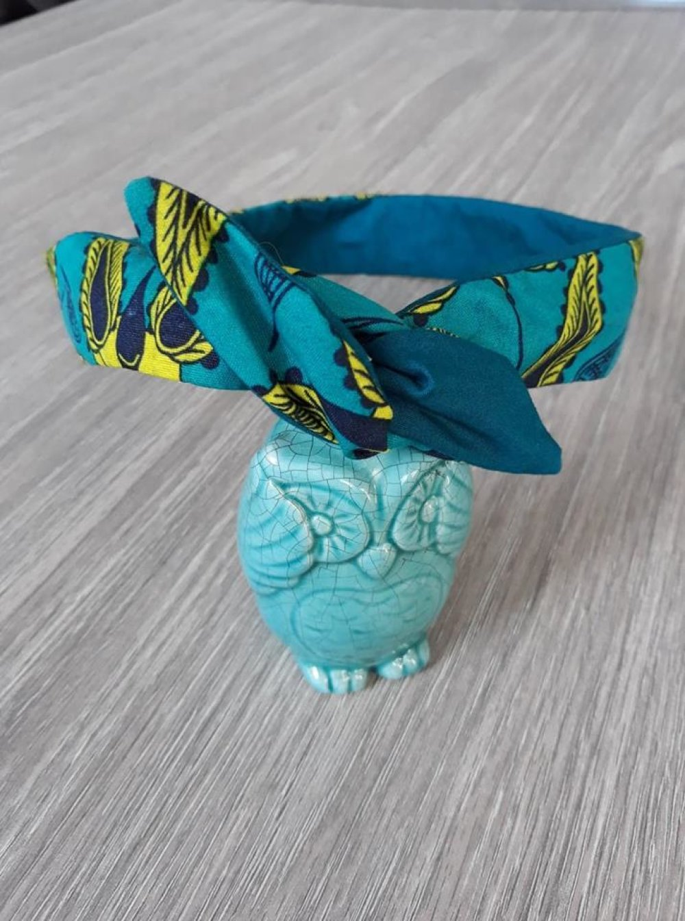 Bandeau headband rigide en tissu wax et tissu uni turquoise