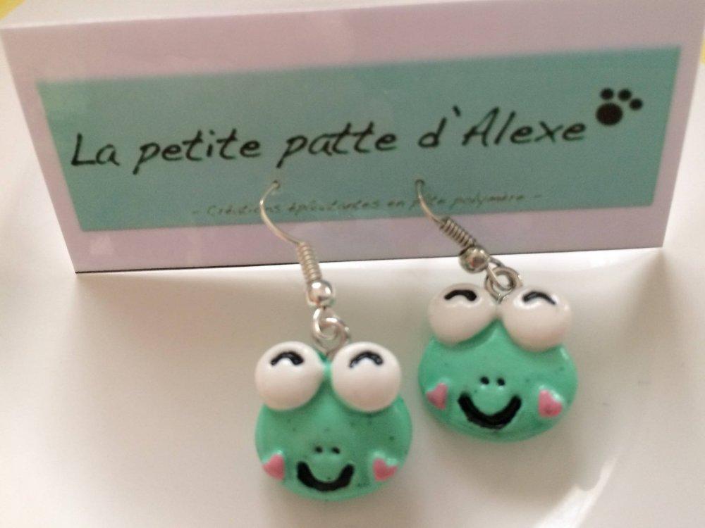 "Boucles d'oreilles ""Petite grenouille Kawaii"""