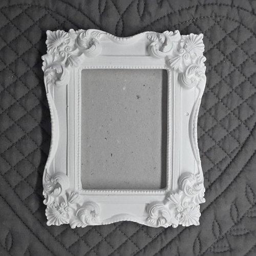 Cadre rectangulaire en plâtre brut a suspendre