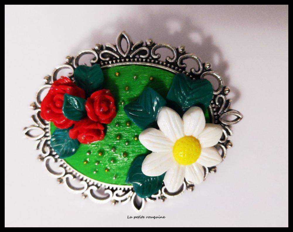 Broche florale - Roses et marguerite - MODELE UNIQUE - FIMO