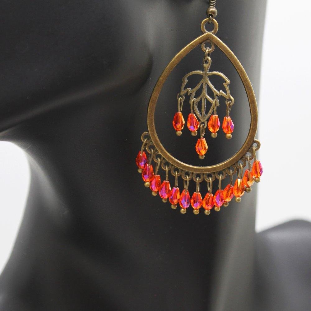 Boucles d'oreilles Boho bronze et perles en verre taillé tangerine irisé