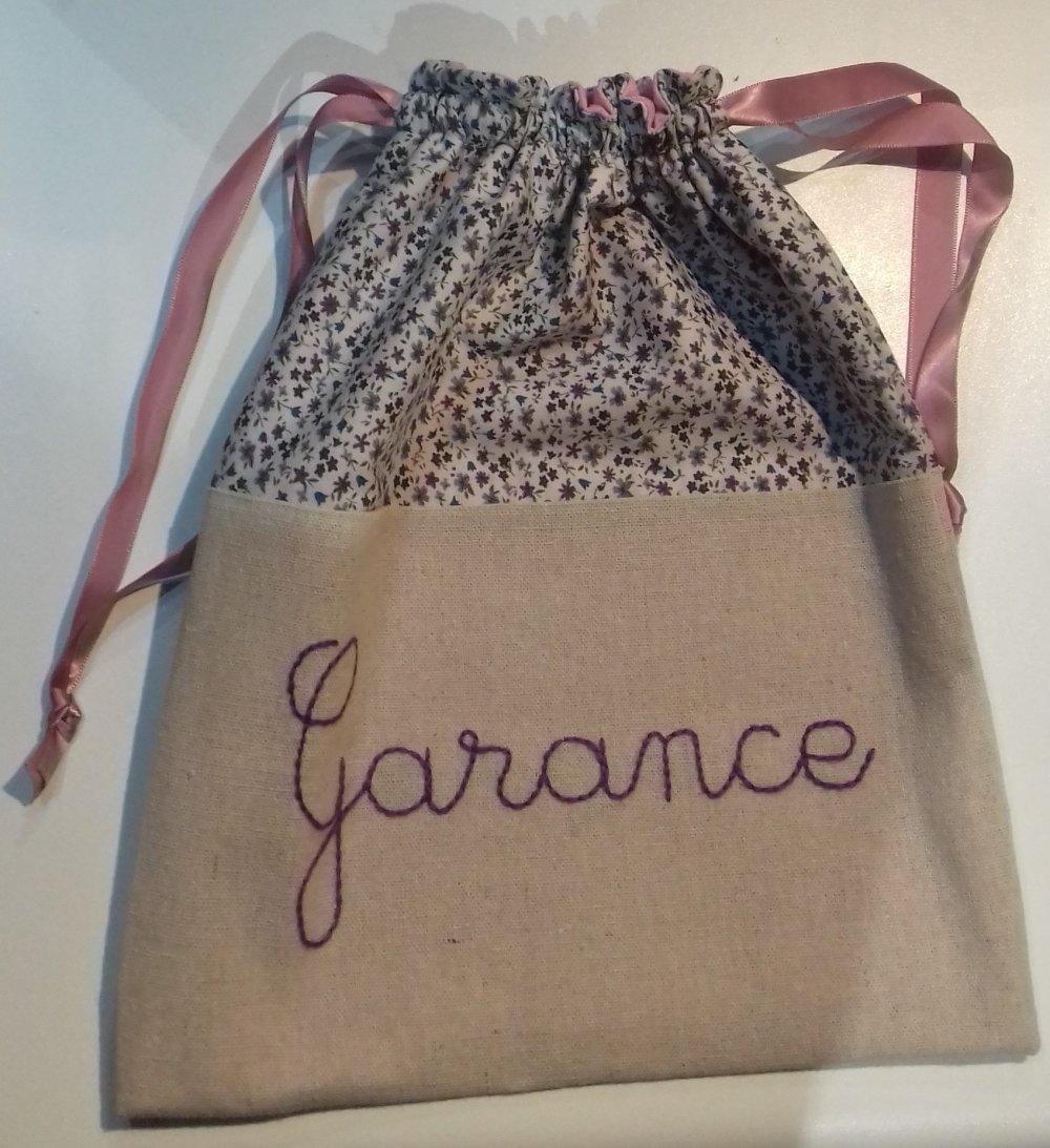 Sur commande / Pochon / sac à goûter / sac à doudou personnalisable en lin brodé main