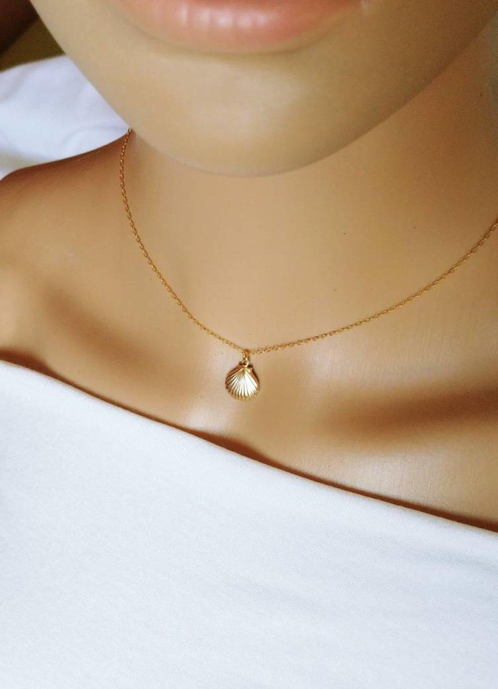 Collier coquillage, collier coquillage or, ras de cou or, collier femme, idée cadeau femme