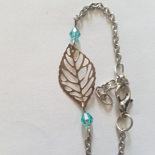 Bracelet feuille et perle bleu clair