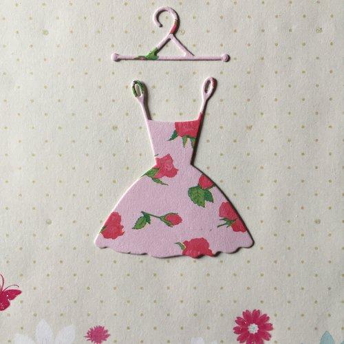 1 découpe scrapbooking robe cintre, bébé naissance princesse, mariage noces, découpe papier  embellissement