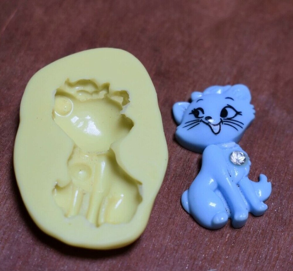 moule silicone cabochon chat  resine epoxy , fimo,plâtre,chocolat