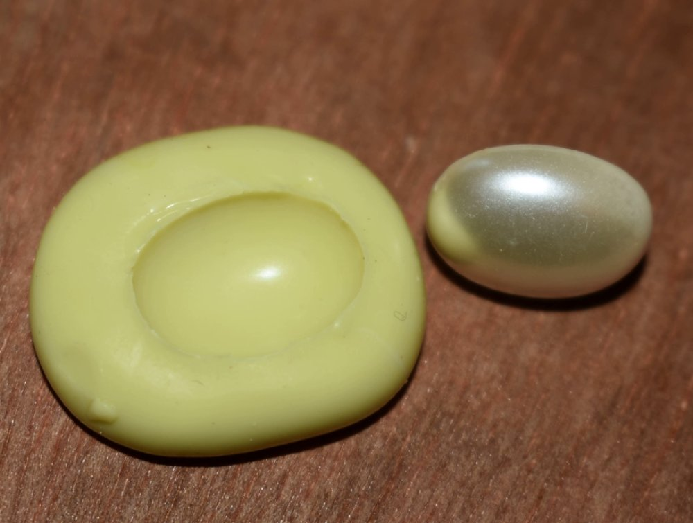 moule silicone cabochon  resine epoxy , fimo,plâtre,chocolat