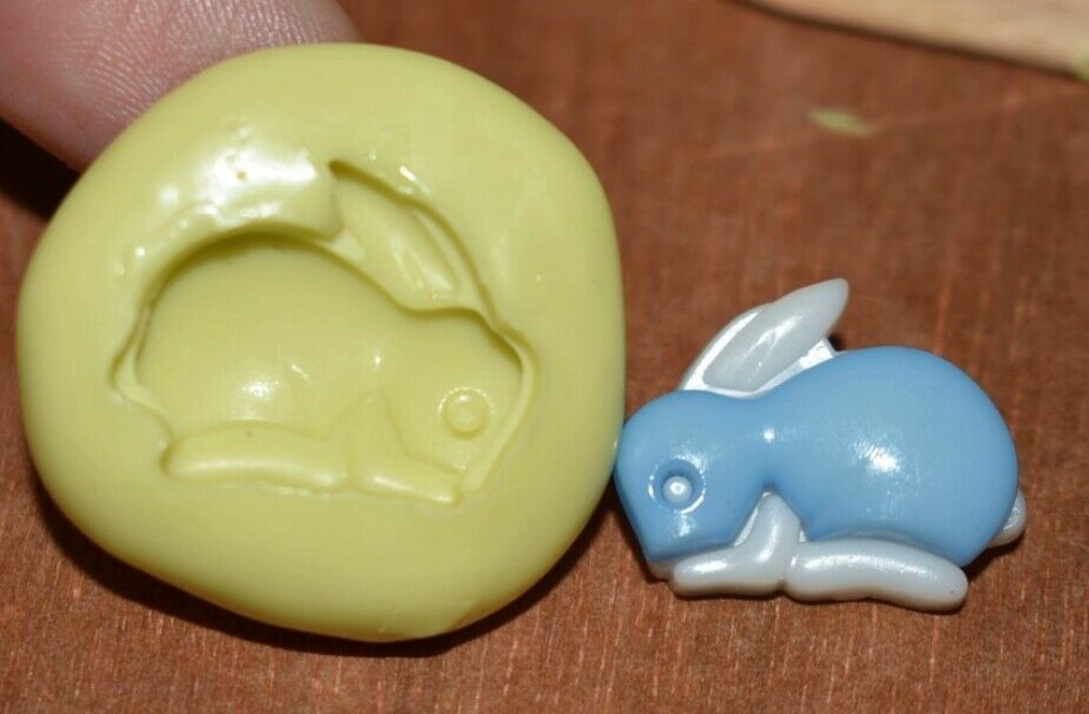 moule silicone cabochon lapin resine epoxy , fimo,plâtre,chocolat