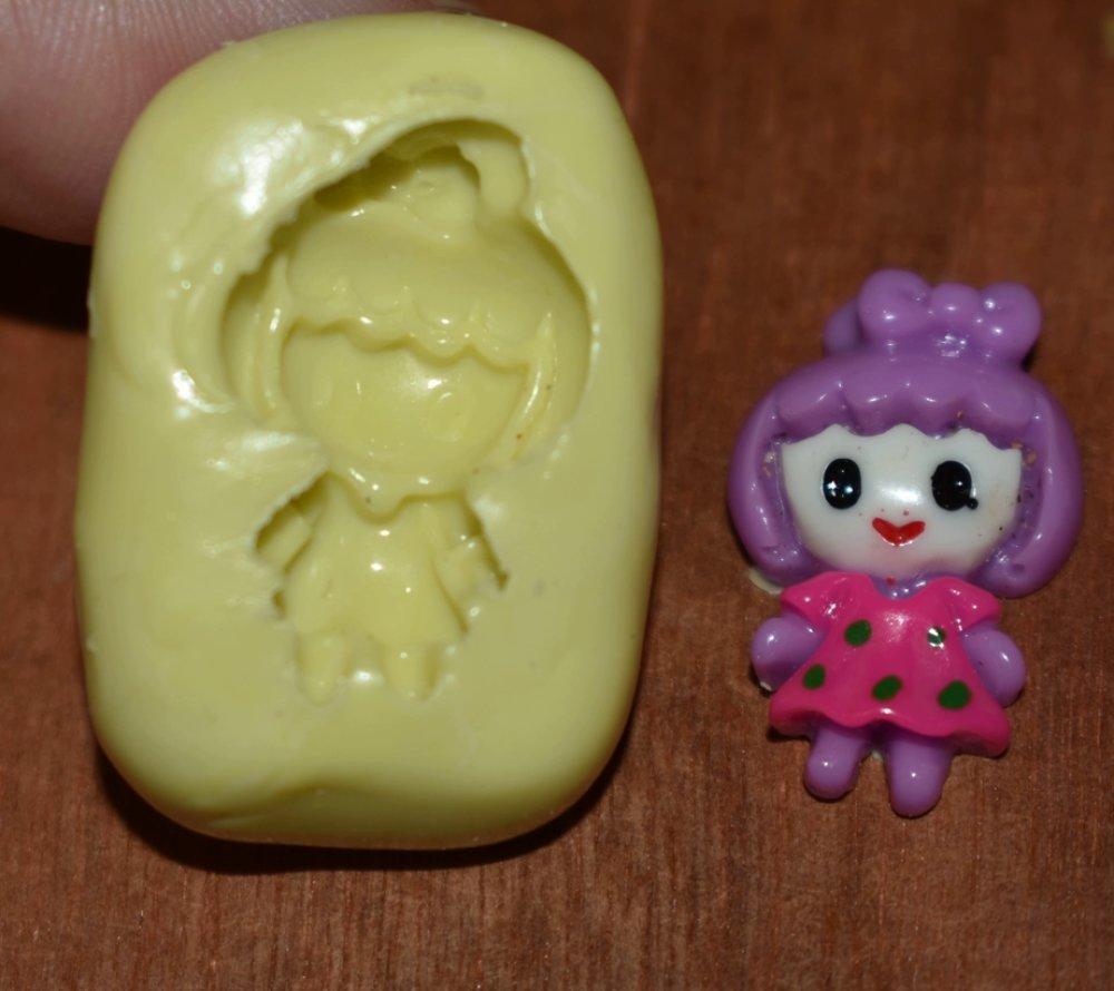 moule silicone cabochon fille  resine epoxy , fimo,plâtre,chocolat