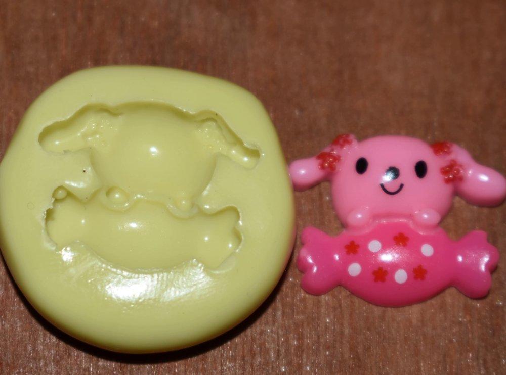 moule silicone cabochon chien bonbon  resine epoxy , fimo,plâtre,chocolat