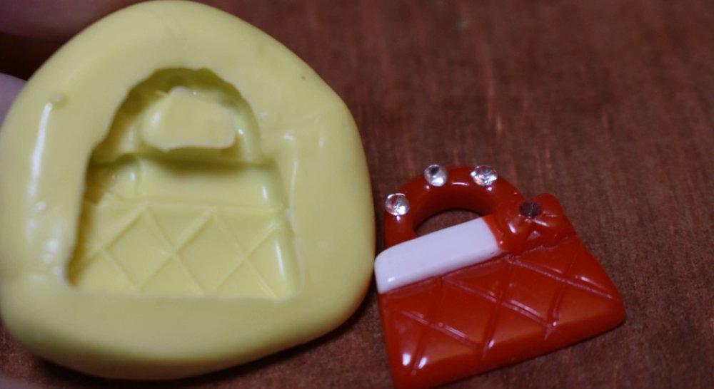moule silicone cabochon sac a main resine epoxy , fimo,plâtre,chocolat