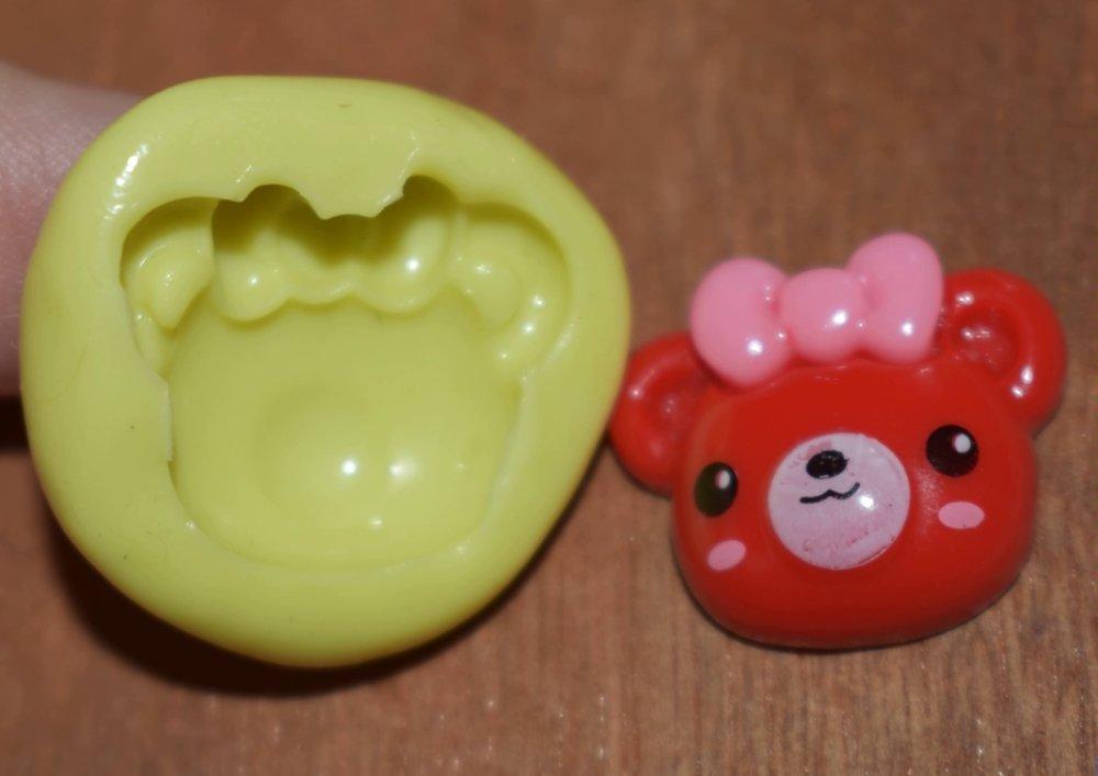 moule silicone cabochon fille fraise resine epoxy , fimo,plâtre,chocolat