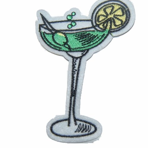 Patch verre cocktail écusson brodé thermocollant coutures