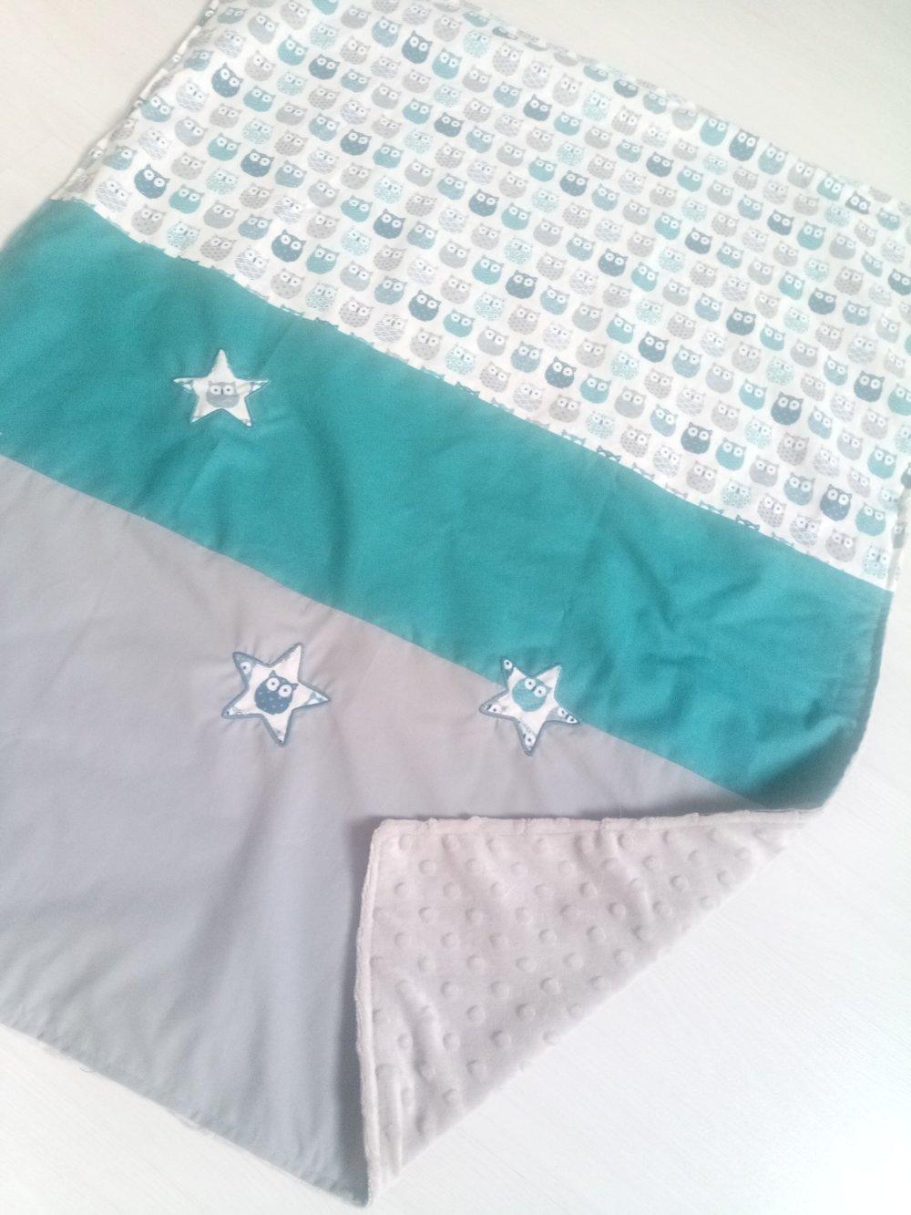 Plaid, petite couverture hiboux bleu, gris et blanc