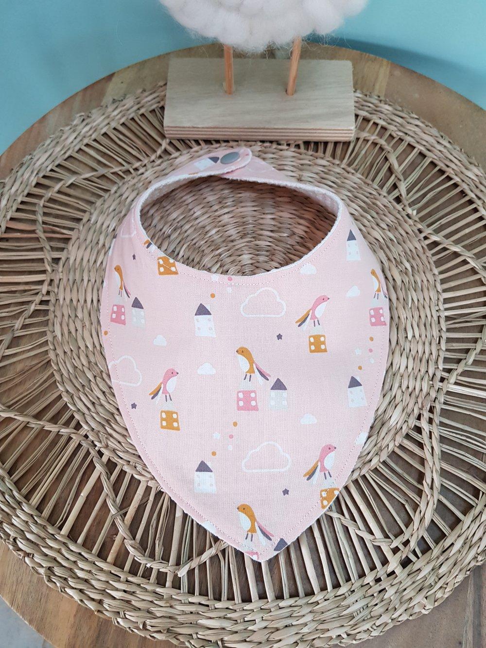 bavoir bandana  rose , motifs oiseaux