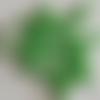 50 perles en verre nacré vert - 4mm