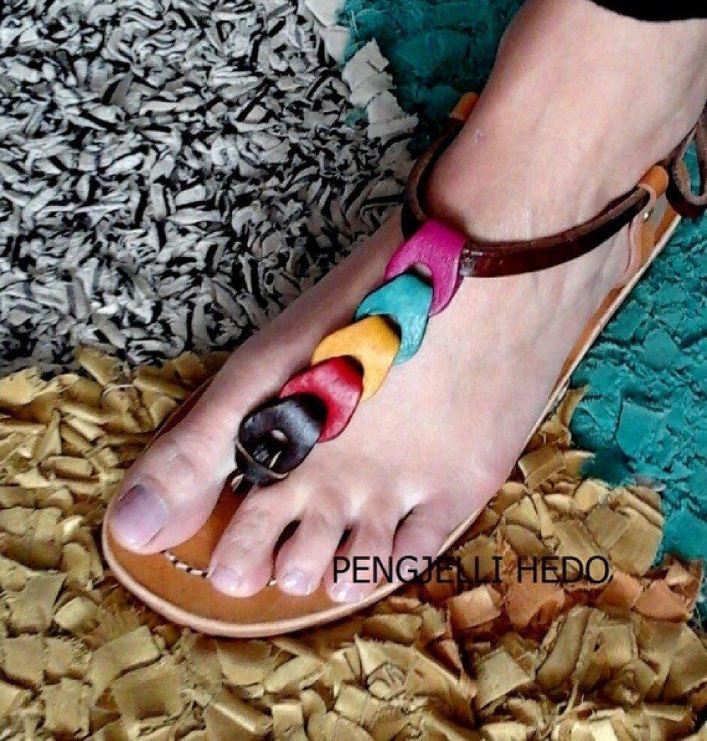 Sandales en cuir couleurs tropiques