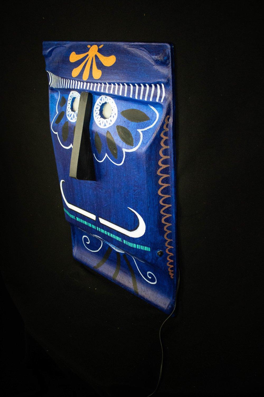 Masque Décoratif Numéro 02 - Bleu