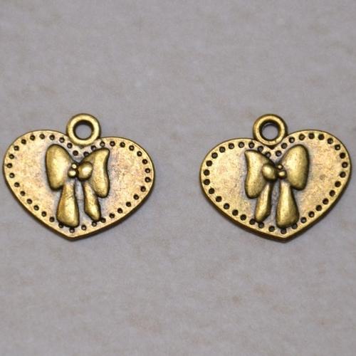 Lot de 2 perles - pendentif forme coeur métal couleur bronze