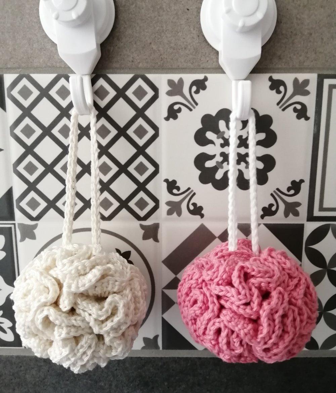 PDF CROCHET - Fleurs de douche , en 100 % coton , pour l'hygiène et la beauté , facile à réaliser , Tuto en FRANCAIS