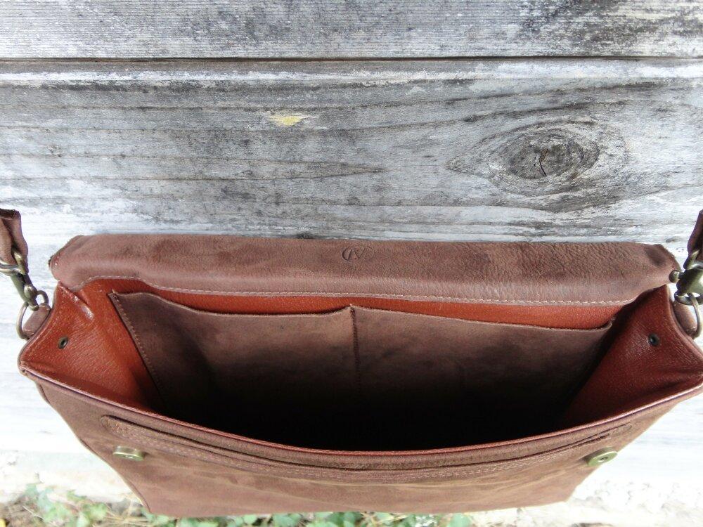 Serviette, cartable, porte document en cuir de vachette pleine fleur éco-labellisé, doublé en cuir de porc