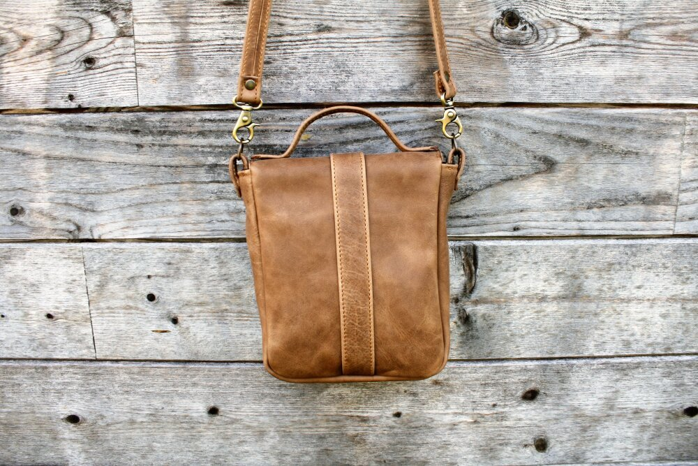 Sacoche, sac en cuir de vachette pleine fleur éco-labéllisé