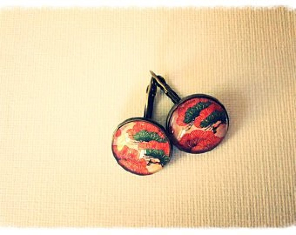Boucles d'oreille, les arbres, arbres rouges japonnais