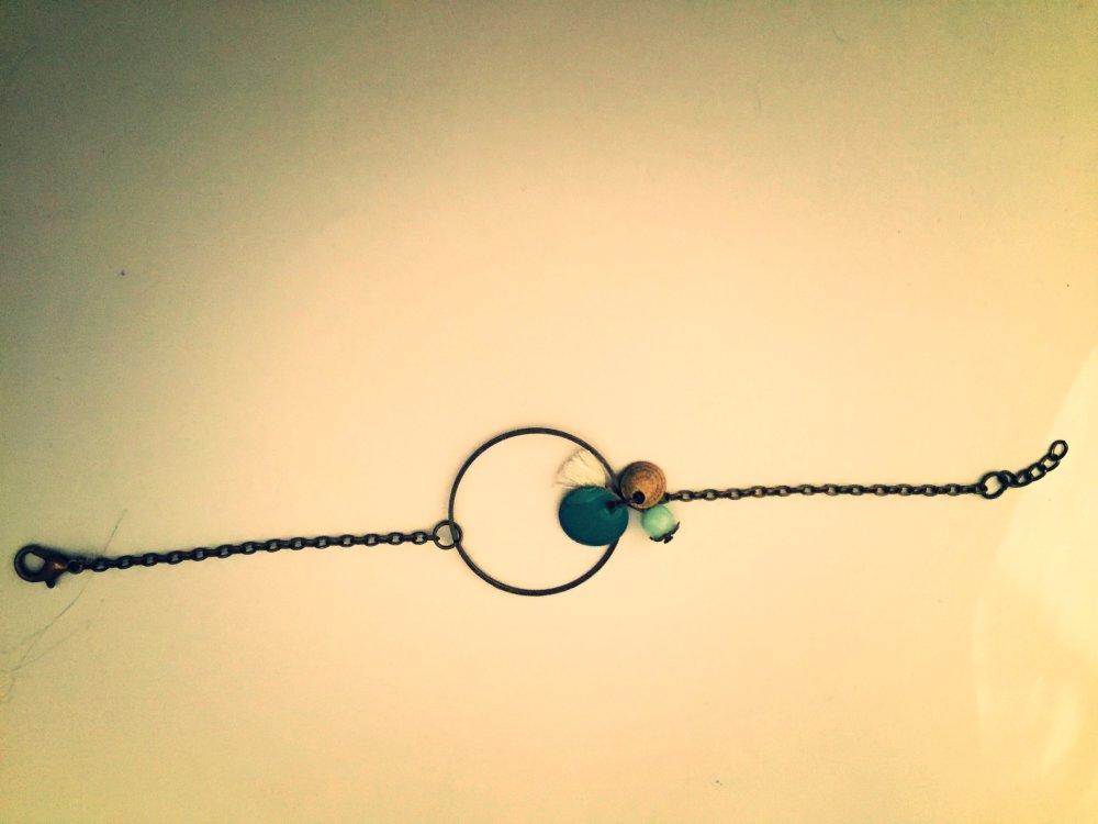 Bracelet les bohèmes chic, anneau, pompon et sequin vert d'eau