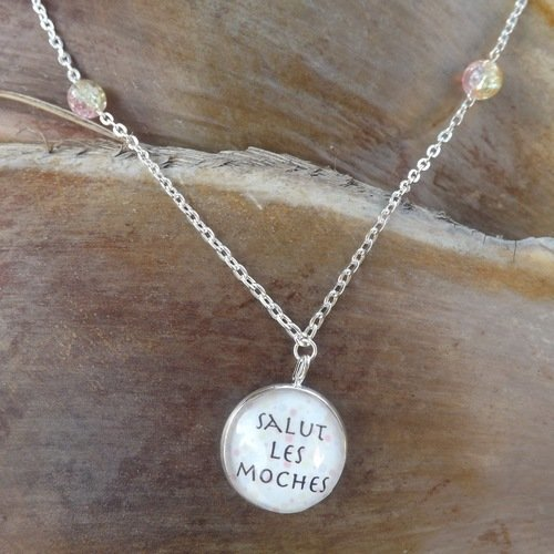 collier homme moche