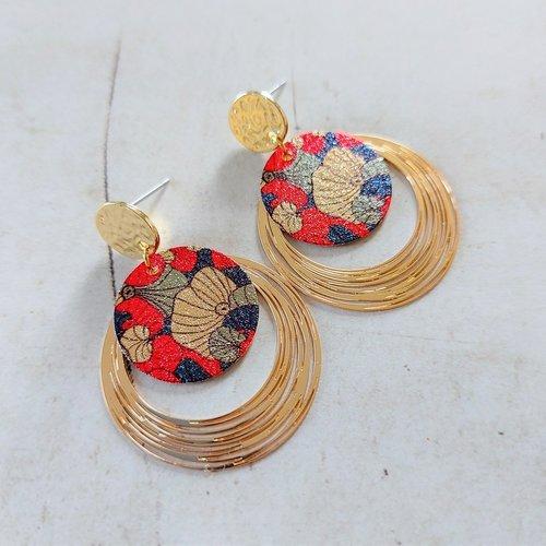 Boucles d'oreilles fleur avec pendentif spirale