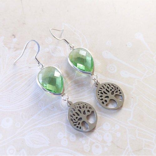 """Boucles d'oreilles """" arbre de vie """" verre et acier - couleur vert clair"""