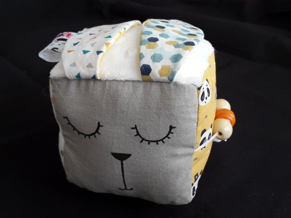 Cube d'éveil personnalisé