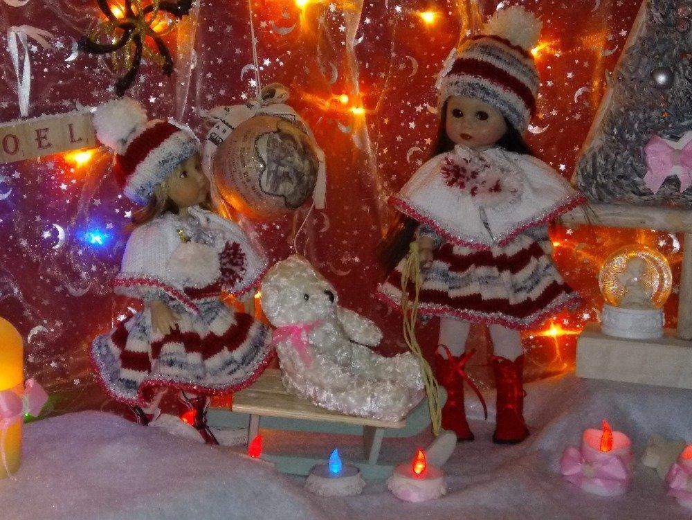 """Tenue/Outfit  """"Mon pays c'est l'hiver"""", pour poupées """"Boneka"""" ou poupées similaires de 25 cms"""
