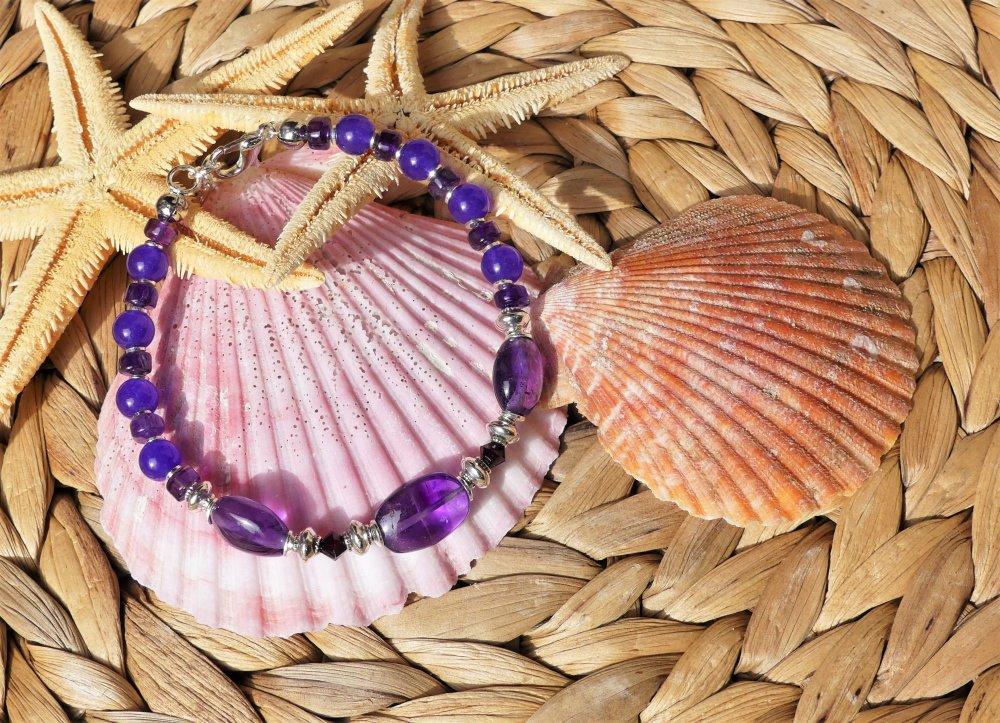Bracelet aux palets et rondelles d'améthyste avec des perles de jade