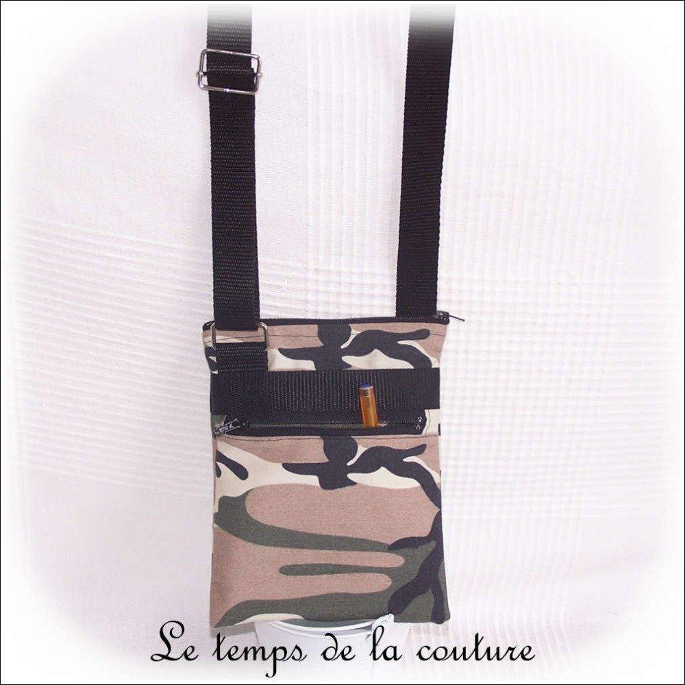 """Pochette, sacoche à bandoulière, sac à main - Noir, kaki, marron et beige - """"Camouflage militaire"""" - Fait main."""