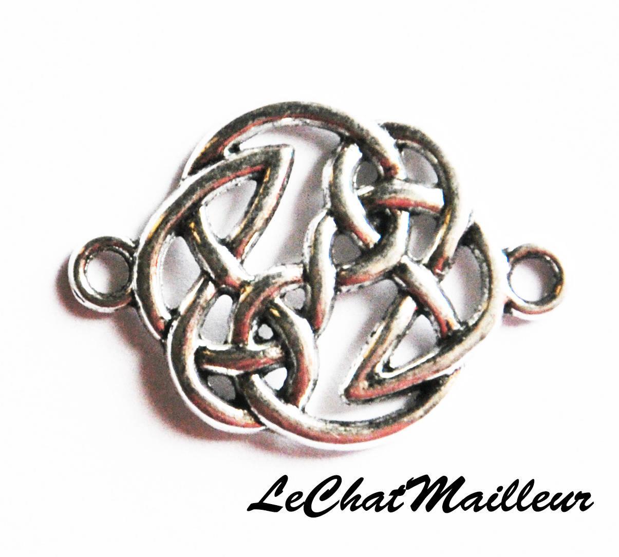 Connecteur de bijoux noeud celtique en métal argenté 29mm x 20mm breton viking celte (M013)