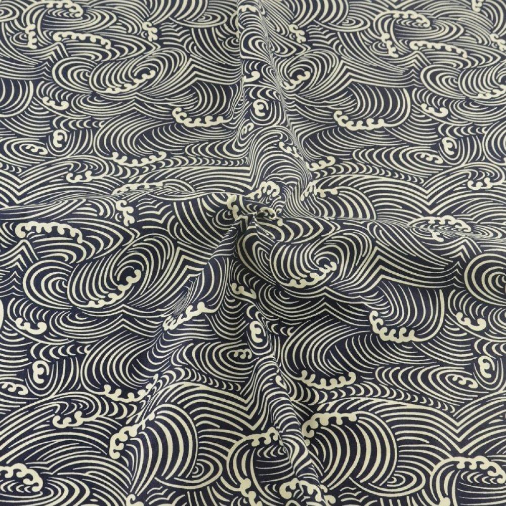 Tissu en coton souple impression vagues japon japonisant noir et crème écailles 70 cm x 100 cm