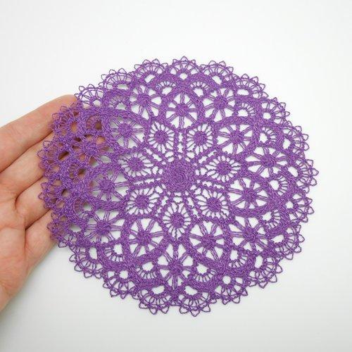 Napperon violet