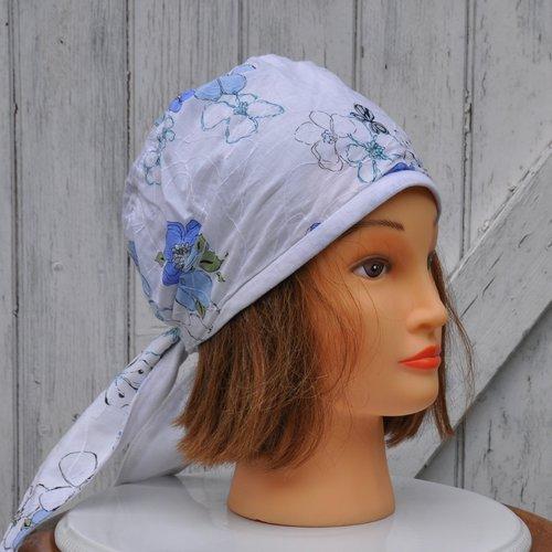 Bandana, fichu, foulard préformé en coton léger blanc et bleu fleuri - taille unique