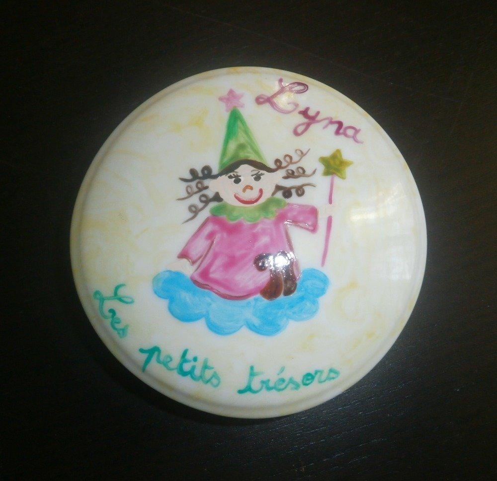 boîte porcelaine blanche de Limoges peinte personnalisée