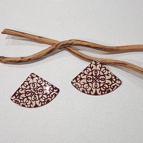 X 2 grand pendentifs éventails rouge foncé et ivoire