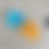 Feuilles de lierre turquoise et orange