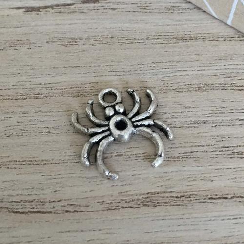 Breloque araignée en métal argent