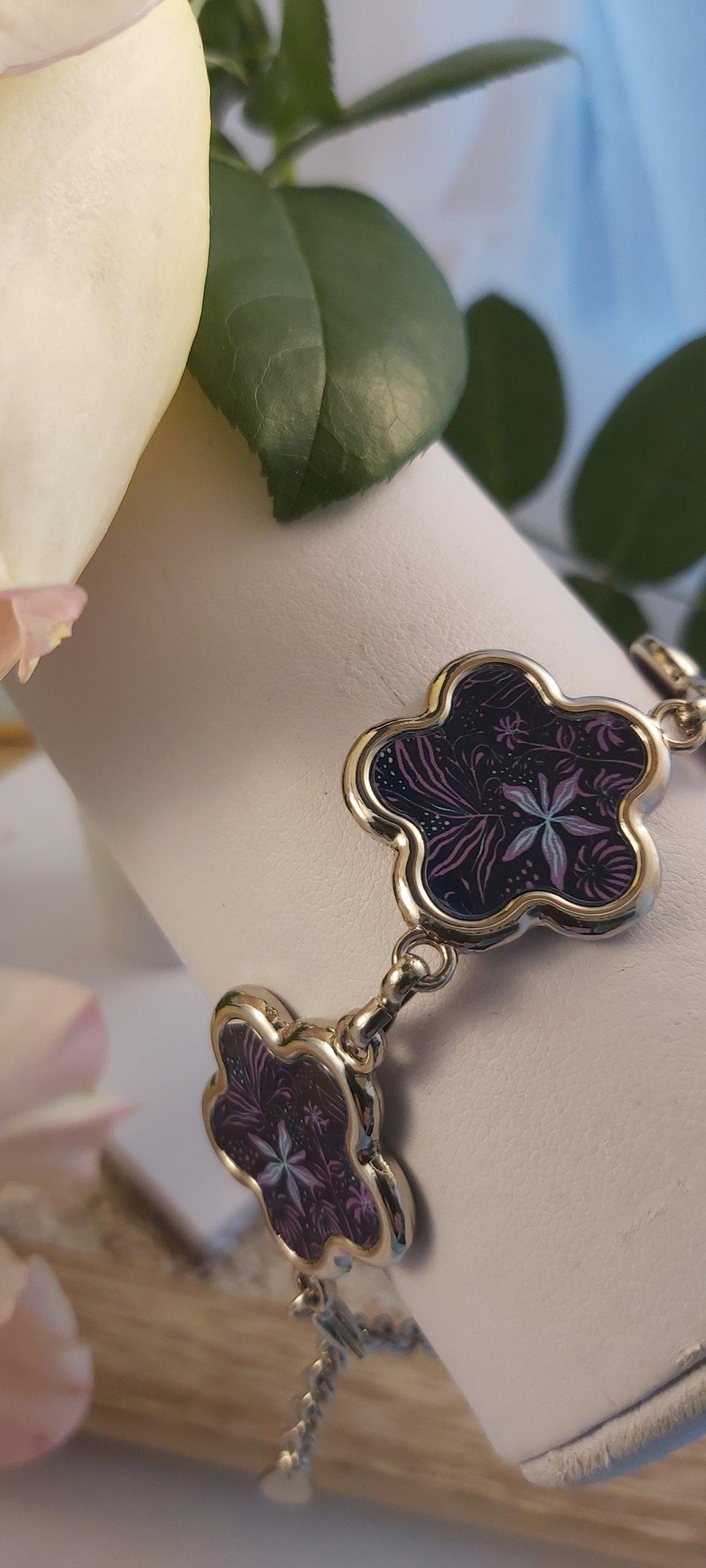 Bracelet fleurs, violettes