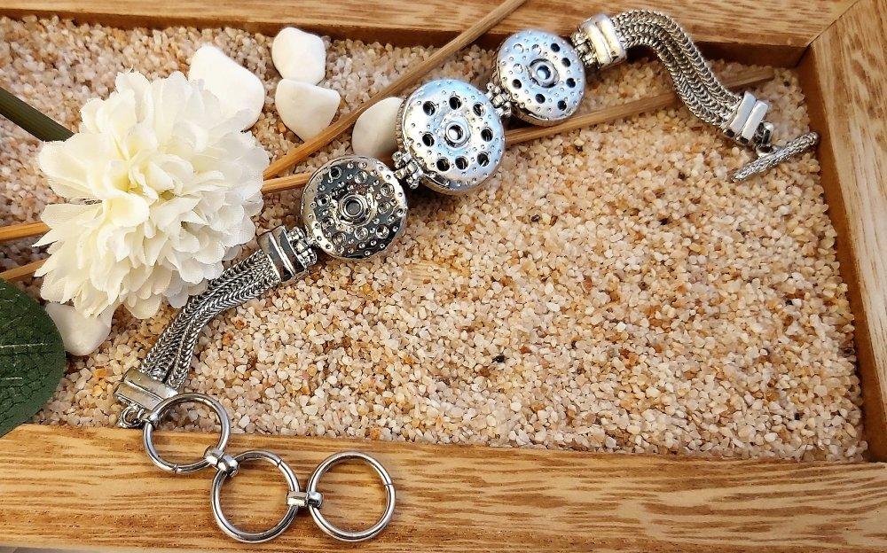 Bracelet boutons motif Esquisse Fleur Violette