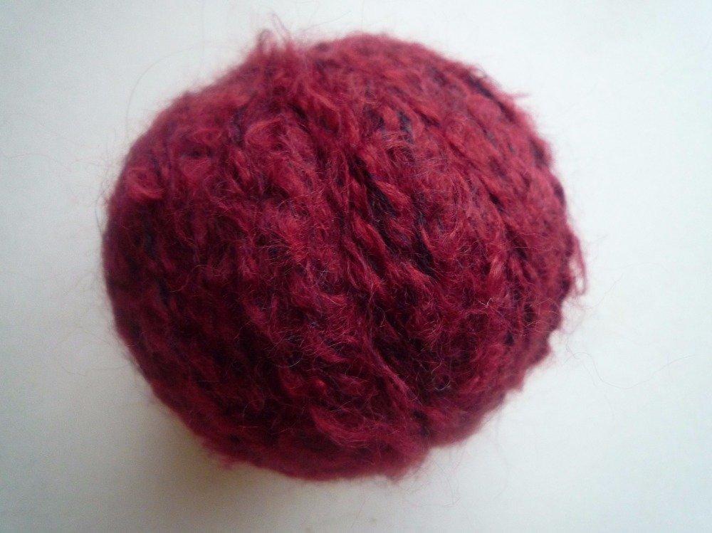 10 pelotes laine mélangée bordeaux