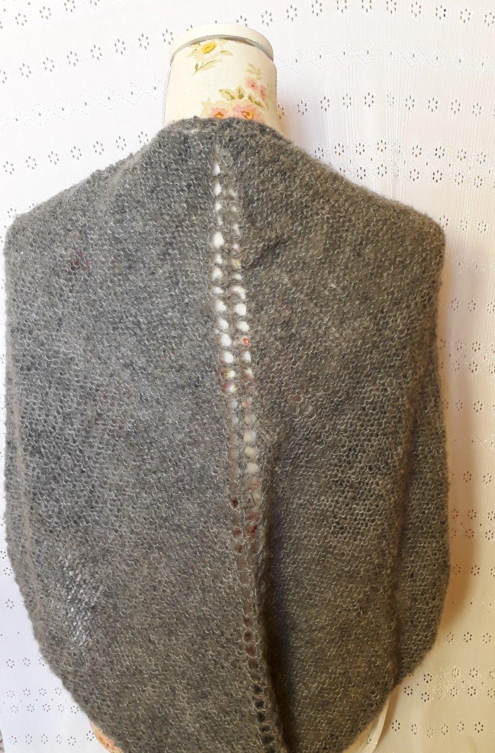 Châle tricoté en mohair, gris