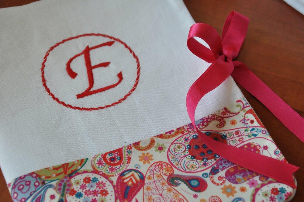 Housse ou Protège-Carnet de Santé Liberty Mark rouge orangé et lin blanc