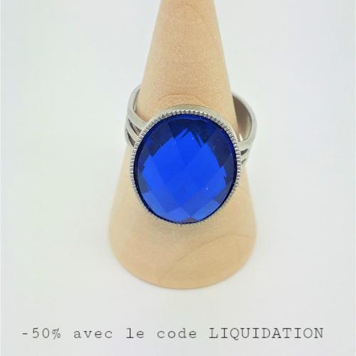 Bague ajustable cabochon strass bleu foncé